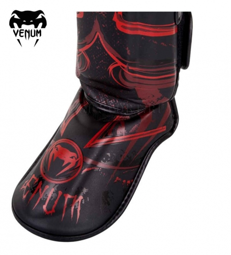 Щитки Venum Gladiator Black/Red
